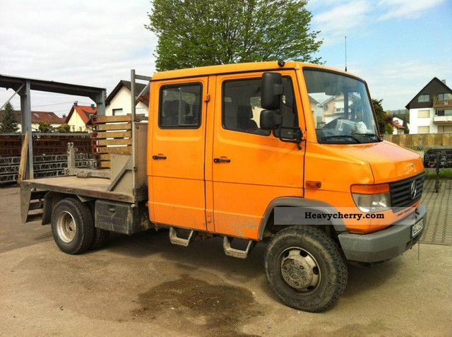 mercedes benz vario 814 4x4 4 wheel doka door special vehicle 2004 stake body truck photo and specs. Black Bedroom Furniture Sets. Home Design Ideas