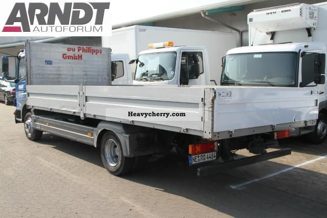 Mercedes-Benz Atego 824 L flatbed, auto, trailer hitch, 4