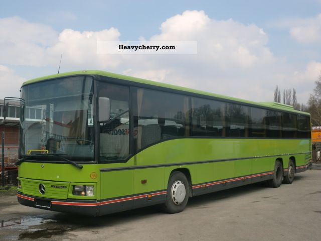 Mercedes benz integro l o 550 climate 15 meter 8x for What country is mercedes benz from
