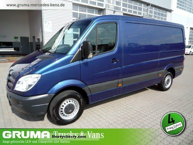 mercedes benz sprinter 211 cdi air heated wood floor 2009. Black Bedroom Furniture Sets. Home Design Ideas