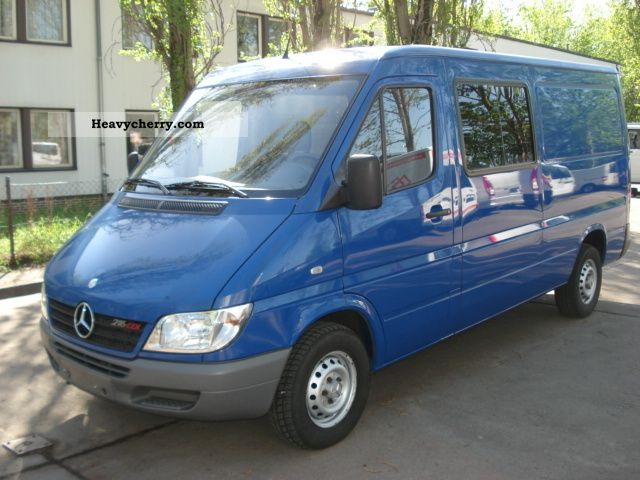 mercedes benz sprinter 216 cdi standheizung 2005 box type. Black Bedroom Furniture Sets. Home Design Ideas