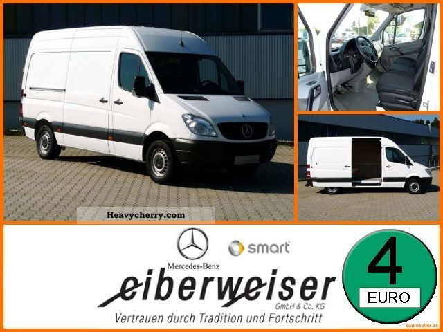 2009 Mercedes-Benz  211 CDI KA long Van or truck up to 7.5t Box-type delivery van photo