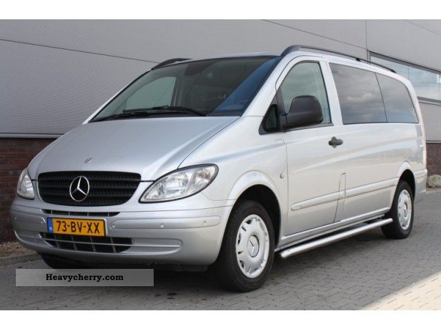 mercedes benz vito 115 cdi dubbele cabine airco 2006 box type delivery van photo and specs. Black Bedroom Furniture Sets. Home Design Ideas