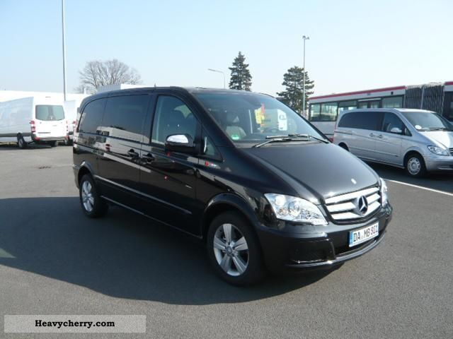 2012 Mercedes-Benz  Viano 3.0 CDI Long / xenon / Comand / 2 sliding Van or truck up to 7.5t Estate - minibus up to 9 seats photo