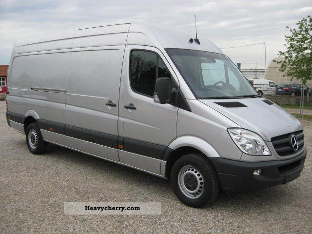 mercedes benz sprinter 319 cdi maxi cruise air navigation 2010 box type delivery van high and. Black Bedroom Furniture Sets. Home Design Ideas