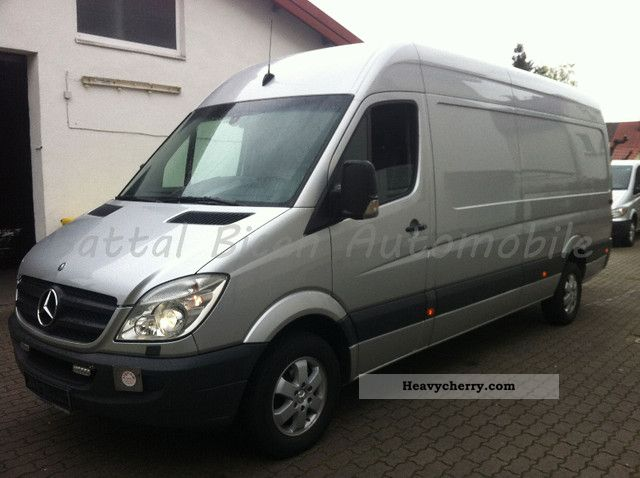 mercedes benz sprinter 319 cdi climate as xenon top 100tkm 2009 box type delivery van high and. Black Bedroom Furniture Sets. Home Design Ideas