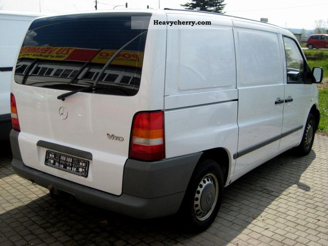 mercedes benz vito 108 cdi 2002 box type delivery van photo and specs. Black Bedroom Furniture Sets. Home Design Ideas