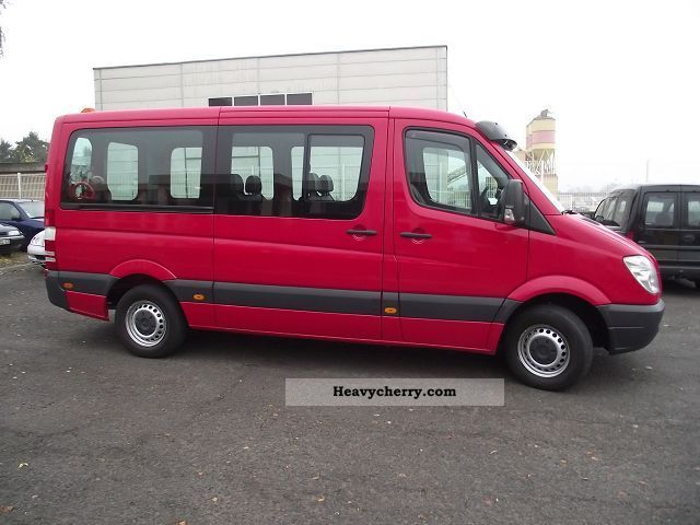 mercedes benz sprinter 215 cdi combi 9 places 2007 estate minibus up to 9 seats truck photo. Black Bedroom Furniture Sets. Home Design Ideas