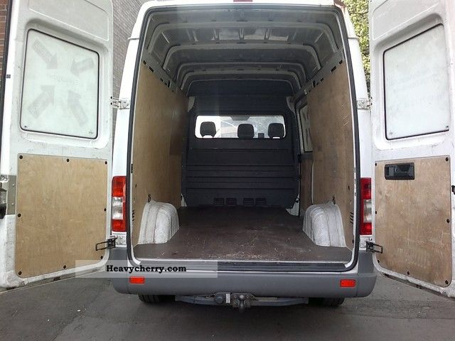 Mercedes benz sprinter 211 139 000 km only 2006 box type for 2006 mercedes benz sprinter specs