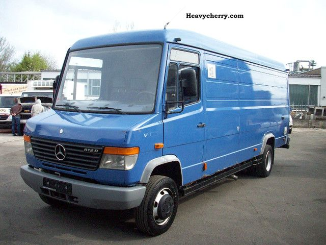 mercedes benz vario 812 maxi 1996 box type delivery van high and long photo and specs. Black Bedroom Furniture Sets. Home Design Ideas