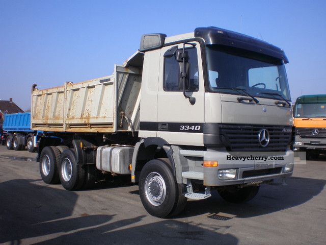 Mercedes-Benz Actros 3340 - 6x6 2000 Tipper Truck Photo and