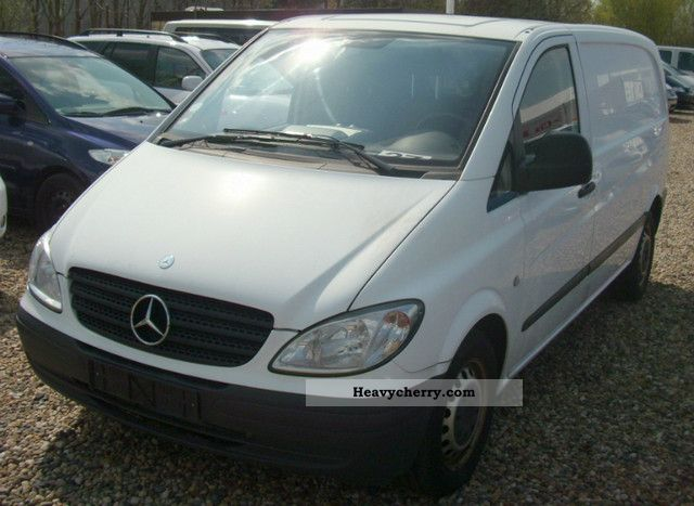 mercedes benz vito 111 cdi 2006 box type delivery van photo and specs. Black Bedroom Furniture Sets. Home Design Ideas