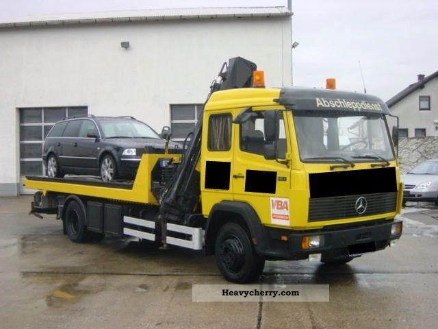 1992 Mercedes-Benz  1117L crane / sliding platform, towing eye / B Truck over 7.5t Breakdown truck photo