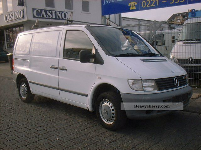 mercedes benz vito 112 cdi 2002 box type delivery van photo and specs. Black Bedroom Furniture Sets. Home Design Ideas