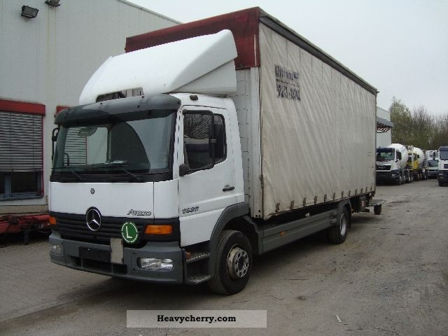 Mercedes benz 1223 atego truck semi with fifth 2004 for Mercedes benz semi trucks