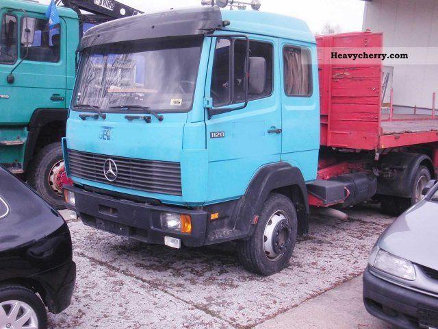 1992 Mercedes-Benz  1120 LS-L platform trailer house with 2 x Semi-trailer truck Standard tractor/trailer unit photo
