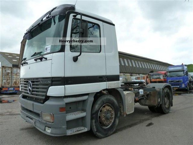 Mercedes benz 2040 s 1998 standard tractor trailer unit for Mercedes benz semi trucks