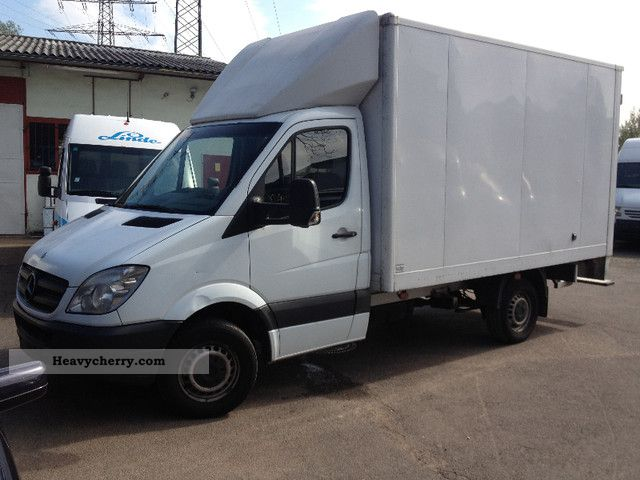 2006 Mercedes-Benz  315 CDI Sprinter closed air Van or truck up to 7.5t Box photo