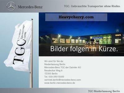 2009 Mercedes-Benz  111KA / L High roof Van or truck up to 7.5t Box-type delivery van photo