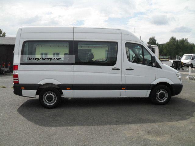 Mercedes benz 211 cdi 9 seater air 2008 estate minibus for 7 seater mercedes benz