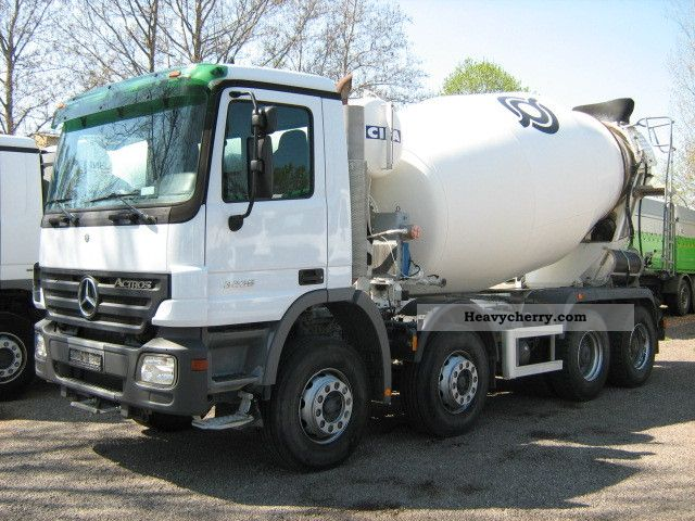 mercedes benz actros 3236 8 x4 cifa 9m3 manual 2006 cement mixer rh heavycherry com Mercedes-Benz Actros RV Mercedes-Benz Trucks USA