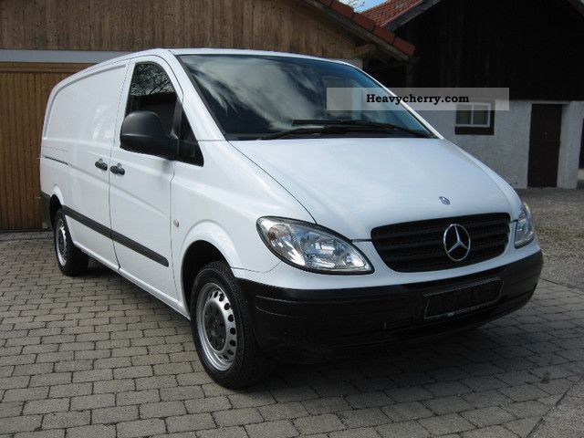 mercedes benz vito 111 cdi air 2005 box type delivery van photo and specs. Black Bedroom Furniture Sets. Home Design Ideas