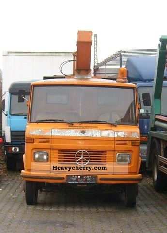 1973 Mercedes-Benz  608D Van or truck up to 7.5t Hydraulic work platform photo