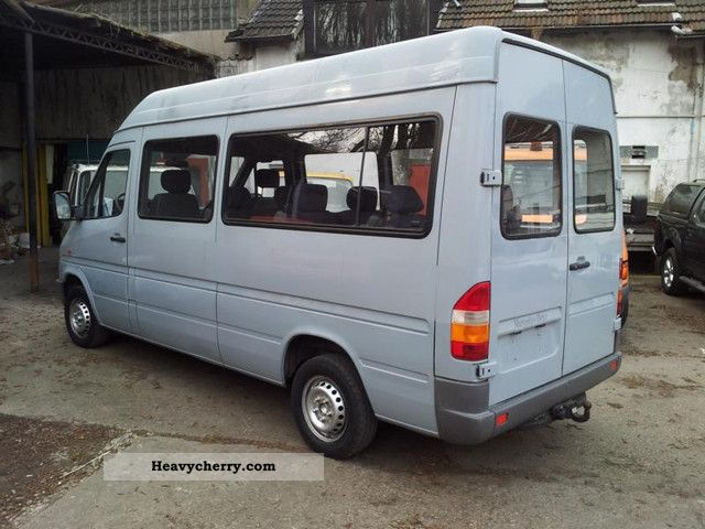 Mercedes benz sprinter 212 high long 9 seater 2 1999 for 2 seater mercedes benz