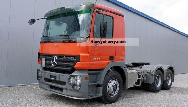2006 Mercedes-Benz  Actros 2644 6x4 Euro 5 Kipphydraulik Semi-trailer truck Standard tractor/trailer unit photo