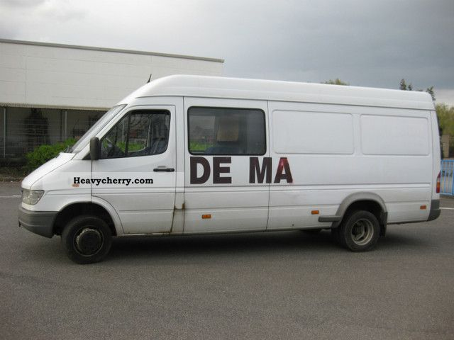 1999 Mercedes-Benz  MAXI 410 D, 412, Van or truck up to 7.5t Box-type delivery van - high and long photo
