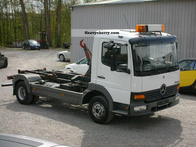 2002 Mercedes-Benz  818 Hook Multilift € 3 Van or truck up to 7.5t Roll-off tipper photo