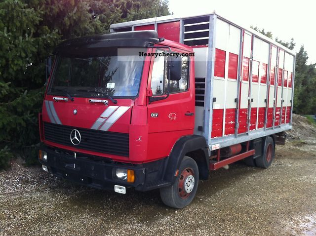 1992 Mercedes-Benz  817 Van or truck up to 7.5t Cattle truck photo