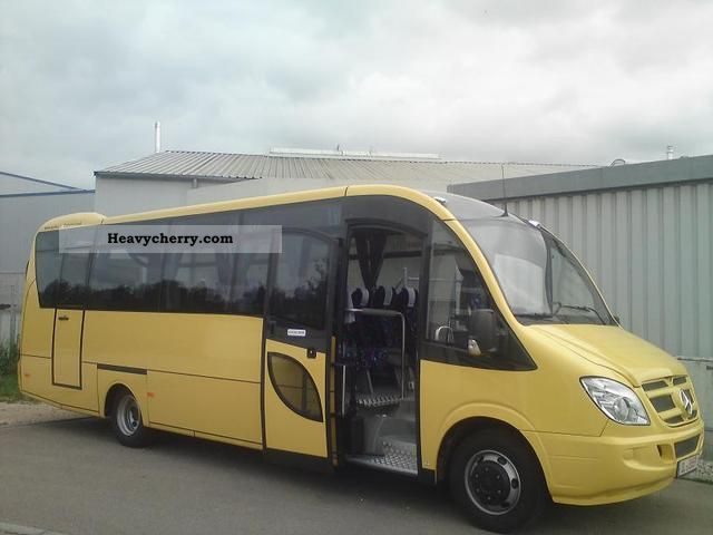 Mercedes benz vario 818 new vehicle school bus funding for Mercedes benz coach bus price