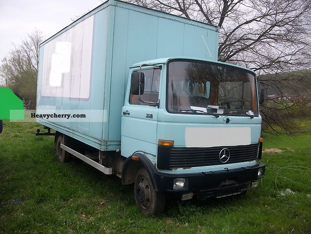 Mercedes benz 709 1980 box truck photo and specs for Mercedes benz box truck