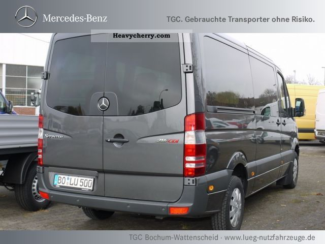 mercedes benz sprinter 216 cdi estate parktronic 2011. Black Bedroom Furniture Sets. Home Design Ideas