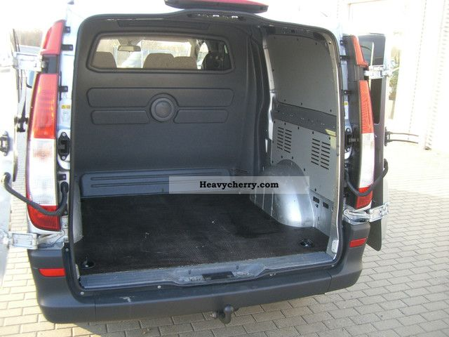 mercedes benz vito 115 cdi mixto long trucks 2xschiebet r 2009 box type delivery van long. Black Bedroom Furniture Sets. Home Design Ideas