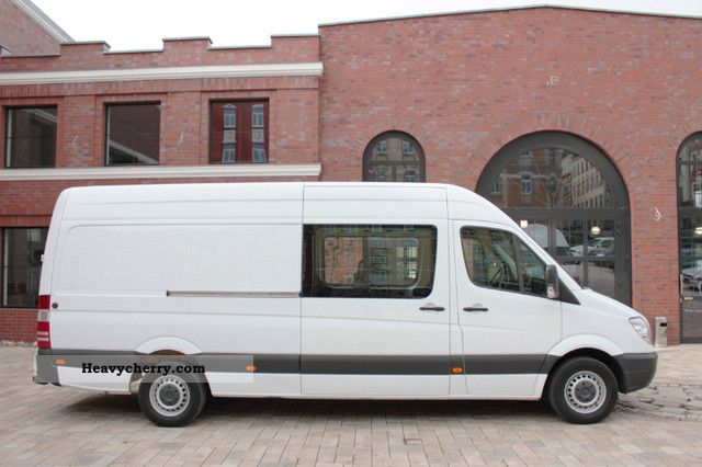 Mercedes benz sprinter 313 cdi maxi mixto 6 1a for Mercedes benz seven seater