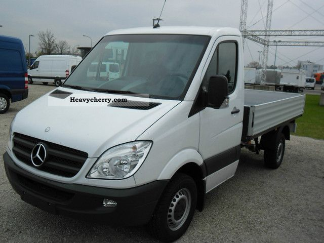 2012 Mercedes-Benz  Sprinter 313 CDI platform; climate Van or truck up to 7.5t Stake body photo