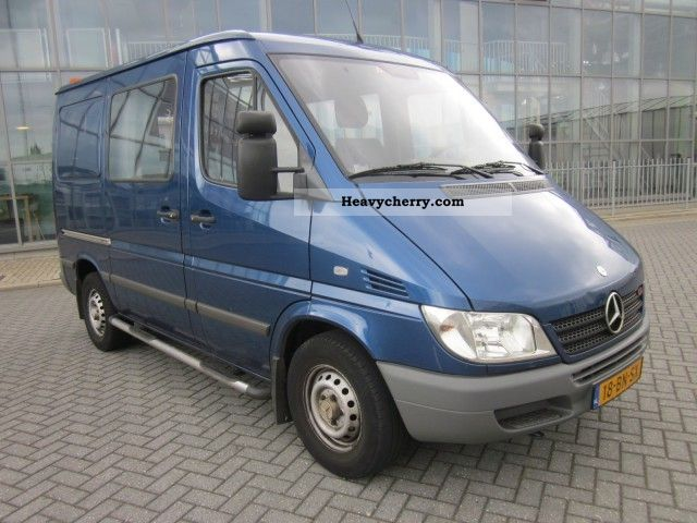 mercedes benz sprinter 216 cdi 7 2 aut 2004 box type. Black Bedroom Furniture Sets. Home Design Ideas