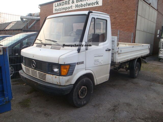 mercedes benz 308 d 1990 stake body truck photo and specs mercedes benz sprinter owners manual 2015 mercedes benz sprinter user manual