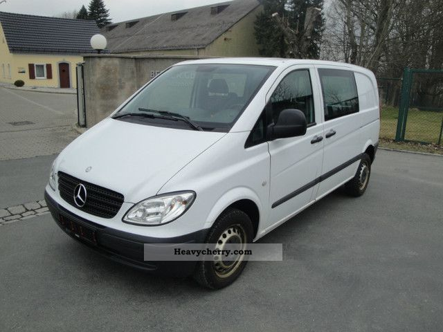 mercedes benz vito 111 mixto 6 seater compact truck 2007 box type delivery van photo and specs. Black Bedroom Furniture Sets. Home Design Ideas