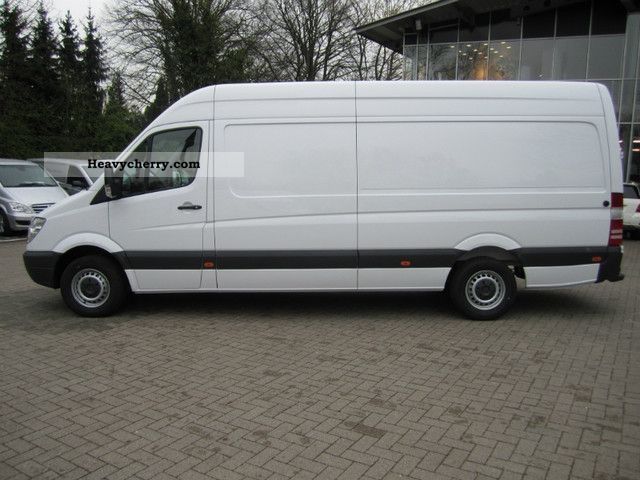 mercedes benz sprinter 316 cdi l3h2 2012 box type delivery van high and long photo and specs. Black Bedroom Furniture Sets. Home Design Ideas