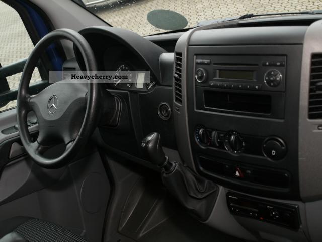Mercedes benz sprinter 515 cdi 3 5 ahk t roll curtainsider for Mercedes benz sprinter 515 cdi specifications
