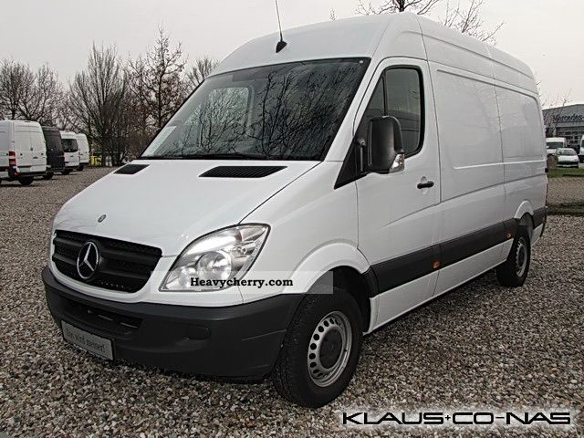 mercedes benz sprinter 216 cdi air 2011 box type. Black Bedroom Furniture Sets. Home Design Ideas