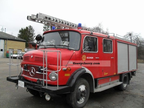 1974 Mercedes-Benz  1113 Fire-tank water pump Truck over 7.5t Tank truck photo