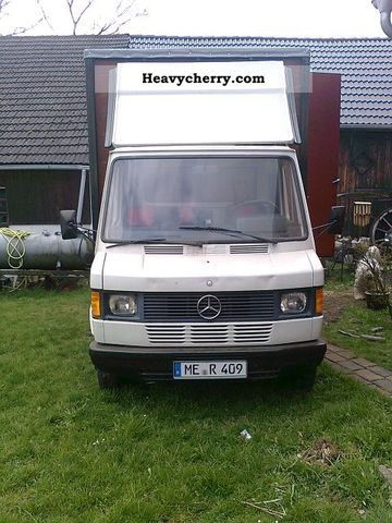 1986 Mercedes-Benz  409 D Van or truck up to 7.5t Cattle truck photo
