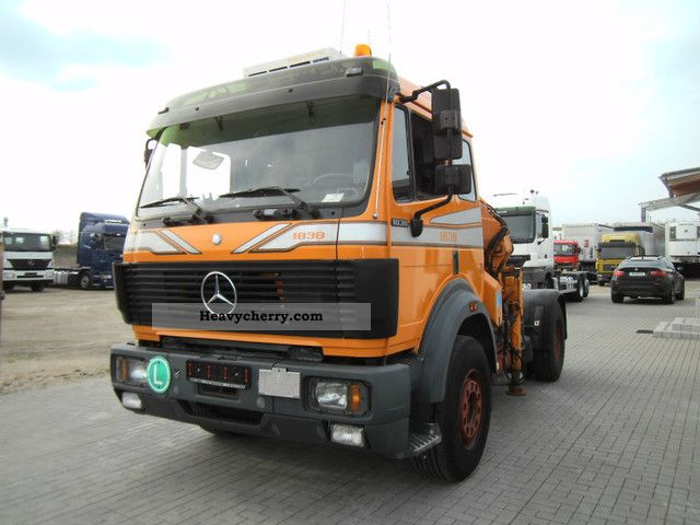 1992 Mercedes-Benz  + 14 600 1838 Crane Effer Semi-trailer truck Standard tractor/trailer unit photo