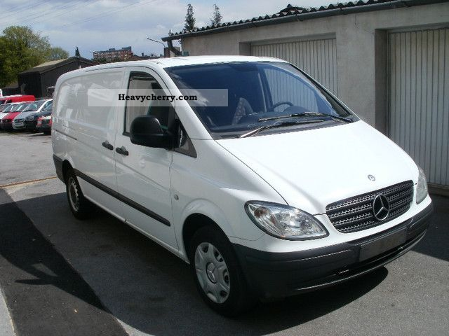 mercedes benz vito 111 cdi long wing doors 2006 box type delivery van long photo and specs. Black Bedroom Furniture Sets. Home Design Ideas
