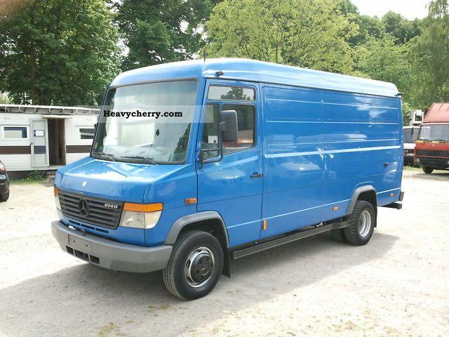 Mercedes benz 814 d vario 2004 box type delivery van for Mercedes benz box truck
