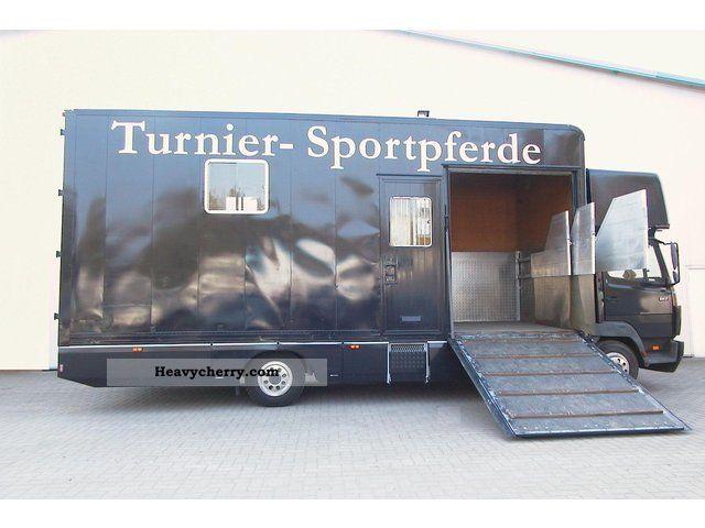 2001 Mercedes-Benz  814-horse transporter 3Pferde 4Schlafplätze Van or truck up to 7.5t Cattle truck photo